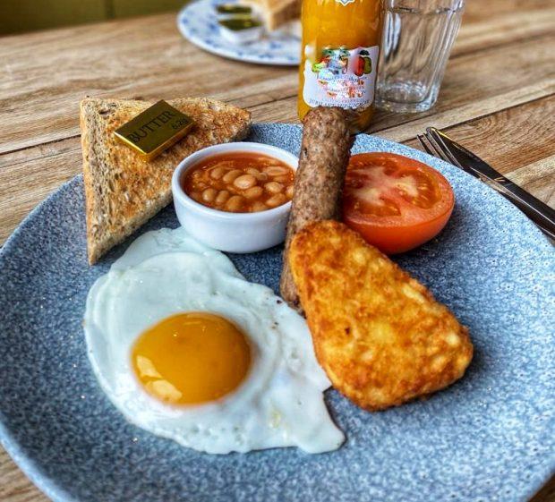 Image for Serving Children's Breakfast