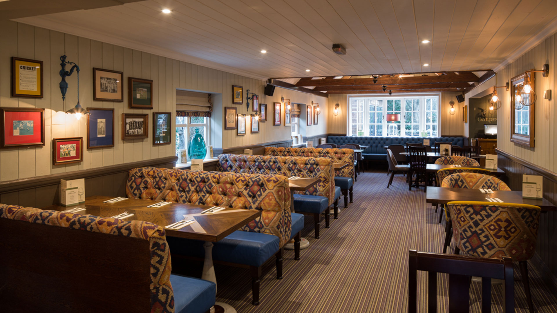 Photo of The Cricketers Interior